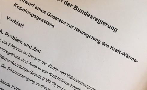 Der frische Gesetzesentwurf zur KWK-Novelle (Foto: Privat)