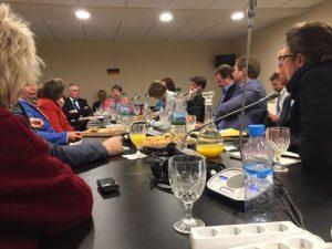 Umweltministerin Barbara Hendricks brieft die Abgeordneten. Foto: Privat