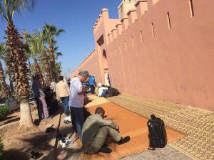 Mittags steht in Marrakesch alles still: Gebetszeit. Foto: privat