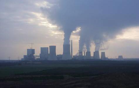 Das Vattenfall-Kraftwerk Boxberg in Sachsen ist eines der größten und schmutzigsten der Welt (Foto: Julian Nitzsche, CC-BY-SA 4.0)