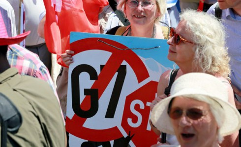 Eva Bulling-Schröter bei der Anti-G7-Demo in München (Foto: Titus Schüller)