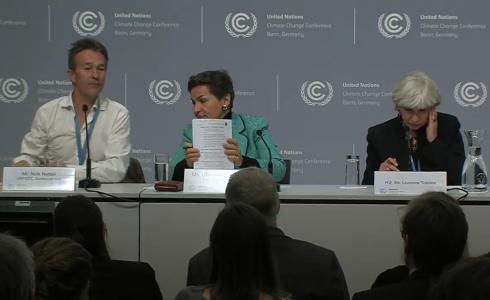 Pressekonferenz nach UN-Klimaverhandlungen in Bonn (Bild: Screenshot/Stream UNFCC)