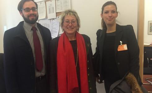 Sandra Rostek und Dr. Guido Ehrhardt und Eva nach dem Gespräch (Foto: Privat)