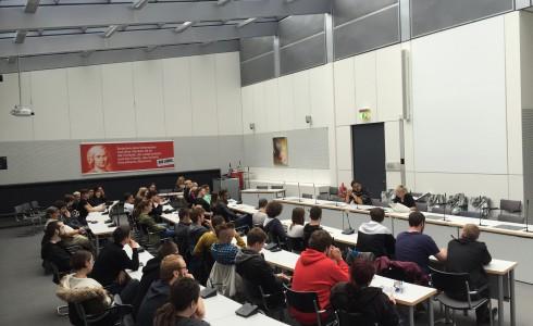 Volles Haus im Fraktionssaal der Linken im Bundestag (Foto: Privat)